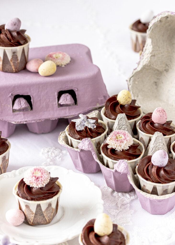 Schokoladen Cupackes in Eierschachtel Ostern Ostergeschenke backen Geschenke Schokolade Emmas Lieblingsstücke