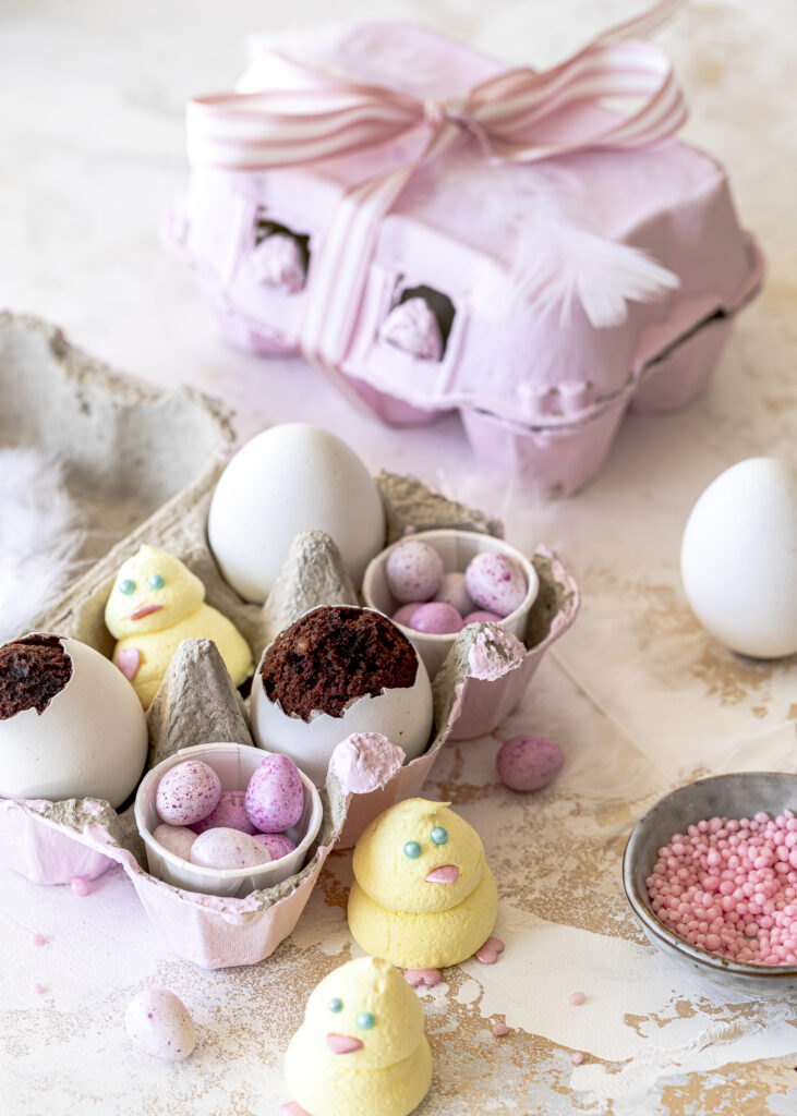 Schokokuchen im Ei / in echter Eierschale zum Verschenken. Schokolade backen Oster Ostergeschenke Emmas Lieblingsstücke