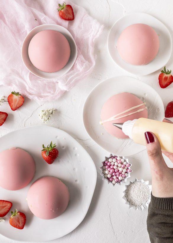 Erdbeer Joghurt Kuppeltörtchen zum Muttertag ohne backen Emmas Lieblingsstücke
