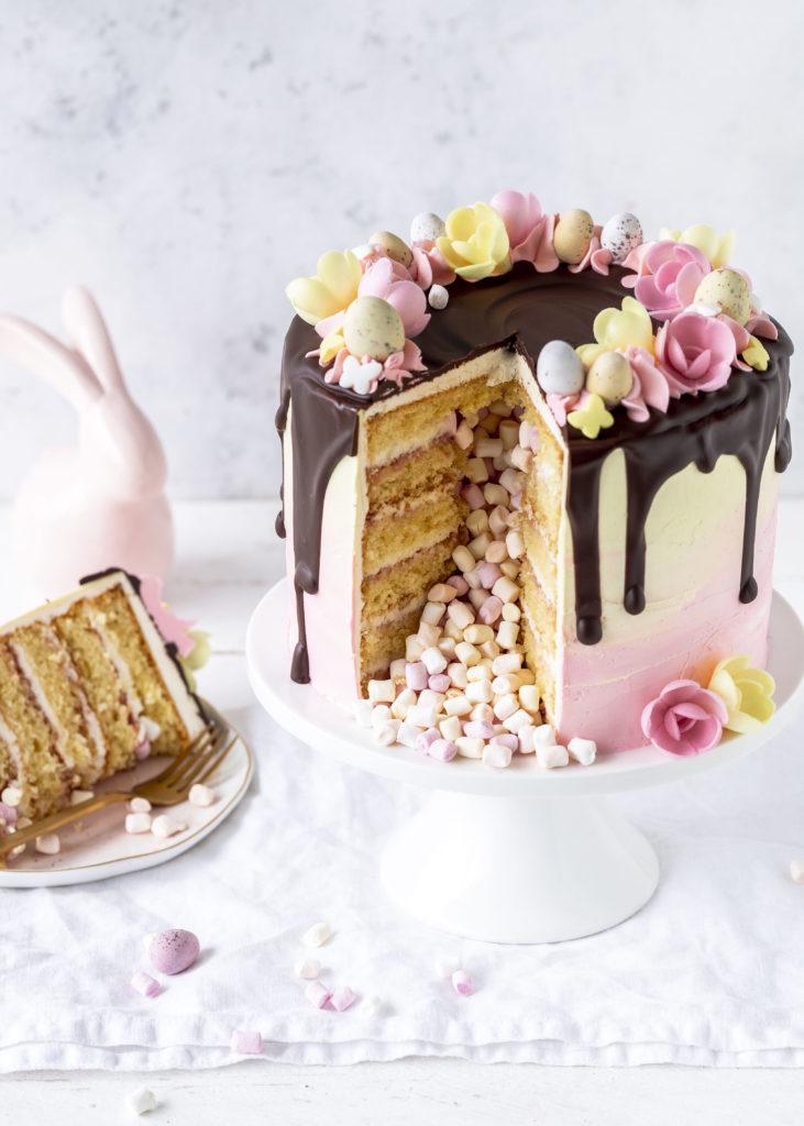 Werbung - Rezept: Inside Surprise Drip Cake für Ostern Pinata backen Ostertorte Torte #dripcake #pinata #surprisecake #ostern #torte #cake #easter | Emma´s Lieblingsstücke