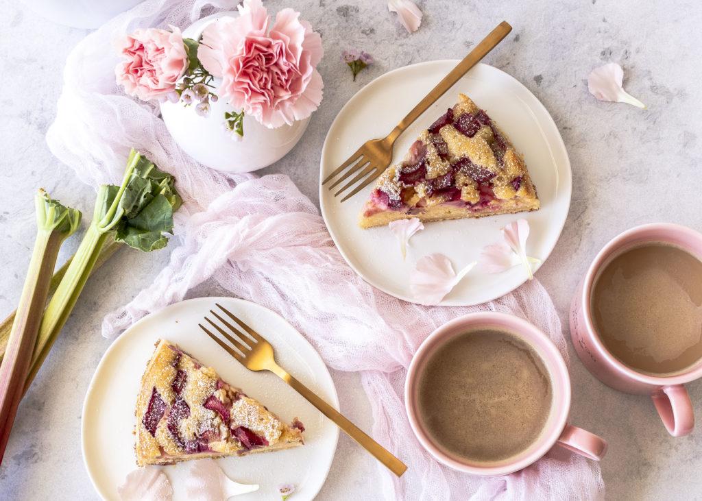 Rezept: super saftiger Rhabarber Schmand Kuchen backen einfach lecker gesund #rhabarber #kuchen #rhubarb #lecker | Emma´s Lieblingsstücke