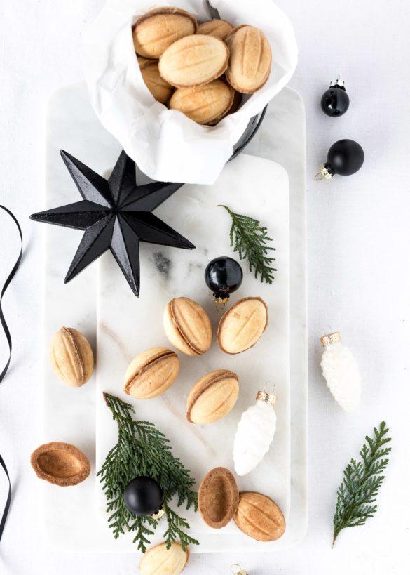 Oreschki - Russische Zaubernüsse mit Karamellcreme für Weihnachten backen. #oreschki #zaubernüsse #weihnachten Emmas Lieblingsstücke