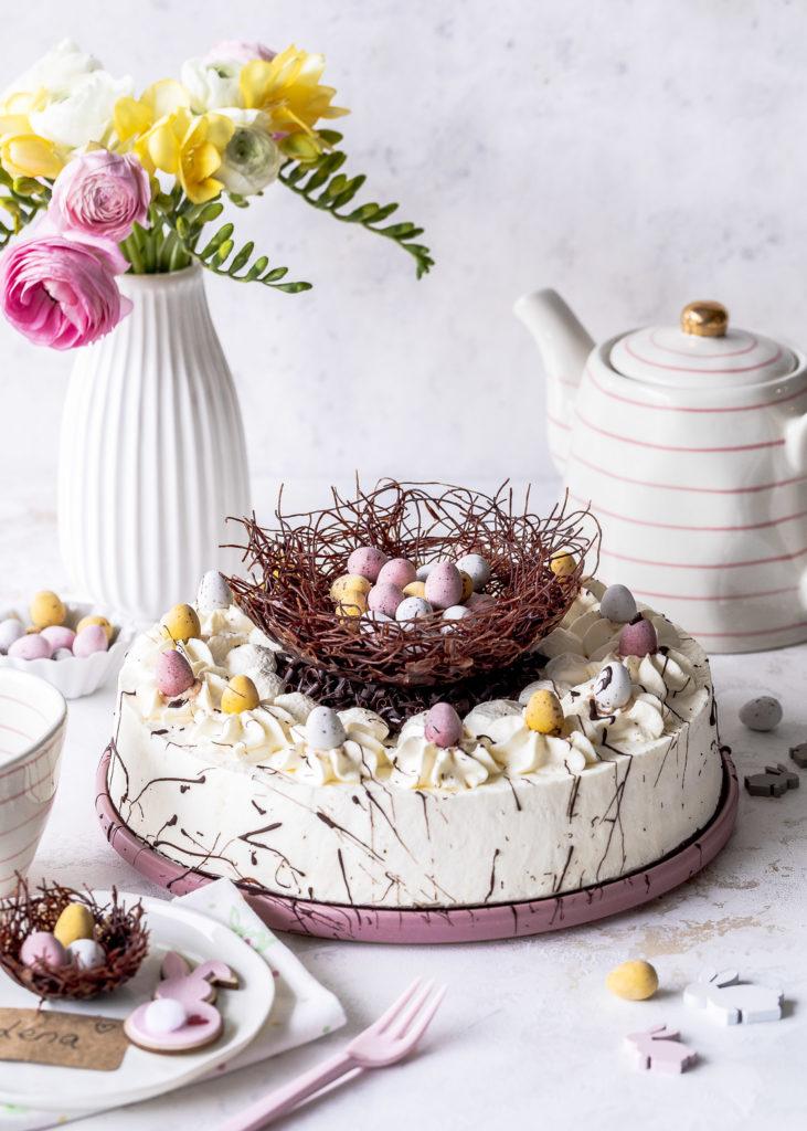 DIY: Osternest selber machen Torte dekorieren zu Ostern Emmas Lieblingsstücke