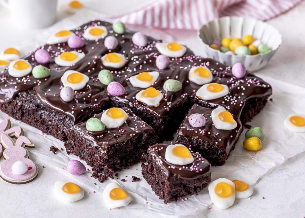 Schnelles Brownie Rezept mit Schokoladen Ganache backen lecker einfach #brownie #schokolade #kuchen #cake Emma´s Lieblingsstücke