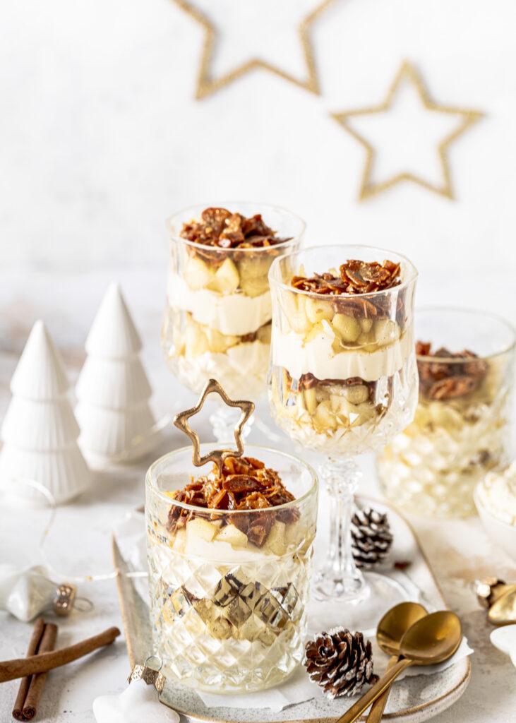 Apfel-Bienenstich im Glas Dessert für Weihnachten, Advent oder Silvester. Unglaublich lecker und einfach zu machen. Emmas Lieblingsstücke