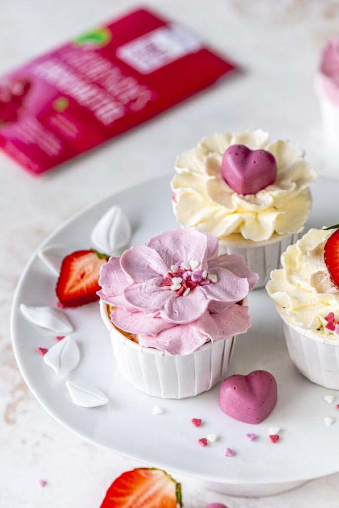 Happy Muttertag Backset mit tollem Rezept á la Emmas Lieblingsstücke, spannendem Backzubehör und den coolsten Streuseln von Happy Sprinkles