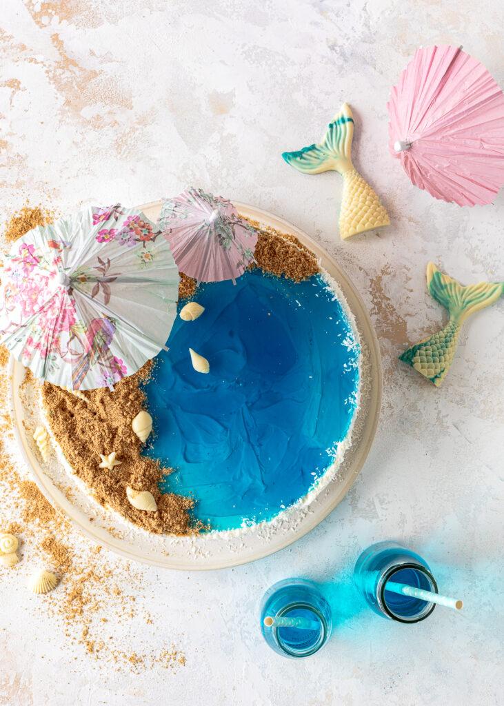 Strand Torte mit Kokos und Schokolade backen #beach #beachcake #poolcake #coconut #kokos #pooltorte Emmas Lieblingsstücke